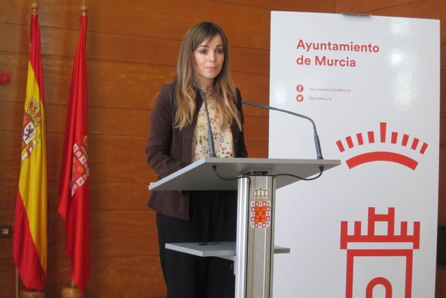 Rebeca Pérez en rueda de prensa