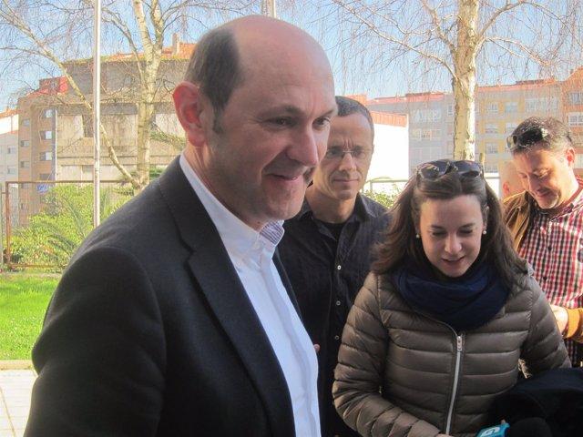 Rafael Louzán en los juzgados de Vigo por la Patos.