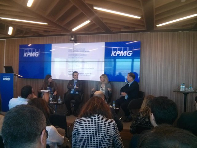 Debate organizado por KPMG sobre transformación digital de los medios