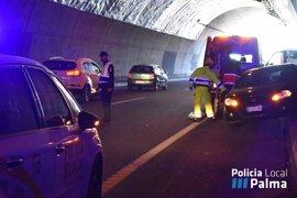 Una persona resulta herida leve tras un choque de vehículos en el túnel de Génova