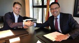 Rakitic renueva por el FC Barcelona hasta 2021