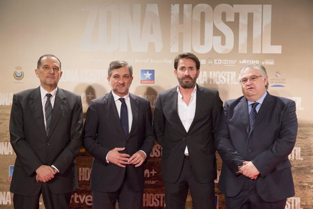 El actor Antonio Garrido ha participado en el estreno en Madrid de 'Zona Hostil'