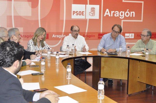 Javier Lambán preside la Comisión Ejecutiva del PSOE Aragón.