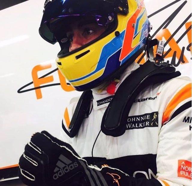 Fernando Alonso en los test de Montmeló