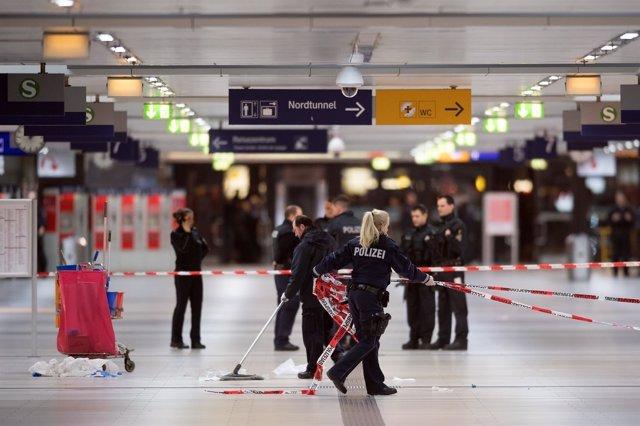La policía de Alemania tras el ataque de un hombre con un hacha