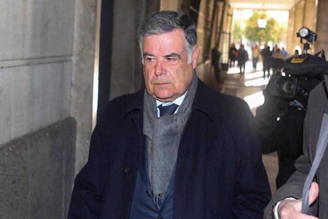El exconsejero José Antonio Viera acude a los juzgados citado por el caso ERE