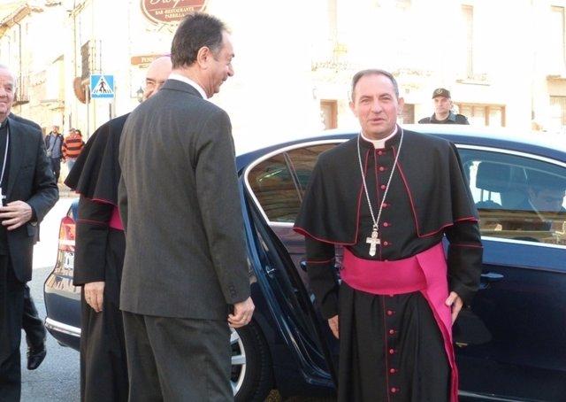 SORIA.- Llegada del obispo