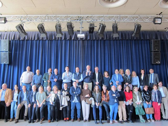 Reunión de Acón con vocales de distrito y barrios rurales