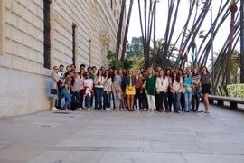 IAJ y UMA muestran a estudiantes Erasmus la cultura de la capital con el programa 'A Journey to Málaga'