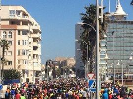Unas 3.000 personas participan en una marcha en memoria del ciclista atropellado mortalmente en Melilla