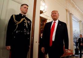 Trump felicita al servicio secreto por la detención del intruso que se coló en el recinto de la Casa Blanca