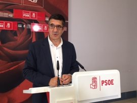 """Patxi López avisa a sus contrincantes: """"No hay peor derrota que ganar sobre un partido roto"""""""