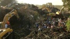 Al menos 48 muertos por el derrumbe de un vertedero de Adís Abeba, según el último balance