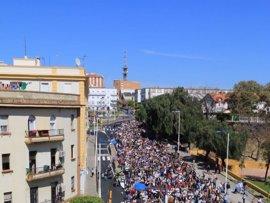 """Las movilizaciones por una sanidad """"de calidad"""" suman miles de personas entre Huelva, Málaga y Almería"""