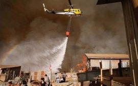 Evacuadas 6.000 personas a causa de un incendio en la región de Valparaíso (Chile)