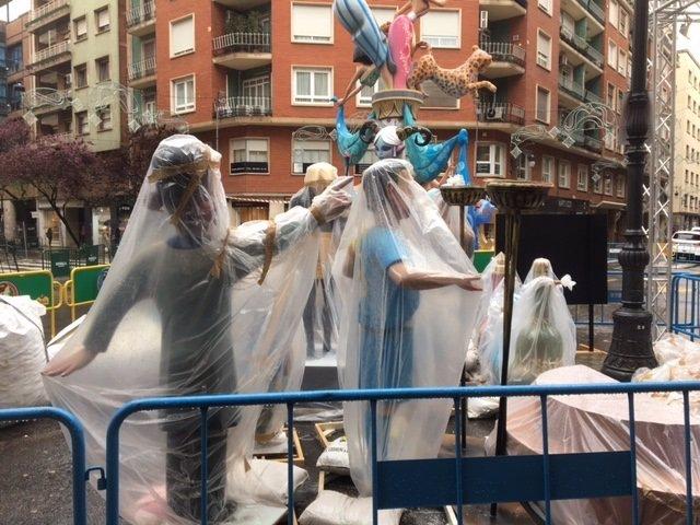 Falla con plástico por la lluvia