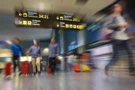 Los aeropuertos de Canarias registran más de 3,3 millones de pasajeros en febrero, con un crecimiento del 3,8%