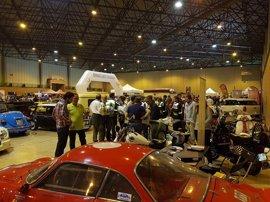 El I Salón de Vehículos Clásicos Sevilla Classic Gas cierra sus puertas en Fibes el domingo con 8.000 visitas