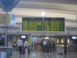 El tráfico de pasajeros del aeropuerto de Bilbao crece un 5,1% en febrero, hasta los 296.266