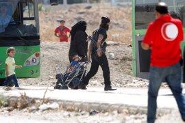 Los rebeldes sirios acceden a abandonar Al Waer junto a sus familias