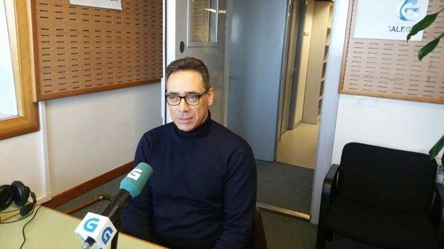 El presidente de la CEG, Antón Arias, en la Radio Galega