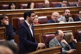 Garzón anima a utilizar la mayoría parlamentaria contraria a la reforma de la estiba para buscar un Gobierno alternativo