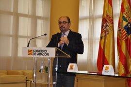Javier Lambán mantiene su apoyo a Susana Díaz y dice que el punto de partida son las elecciones vascas y gallegas
