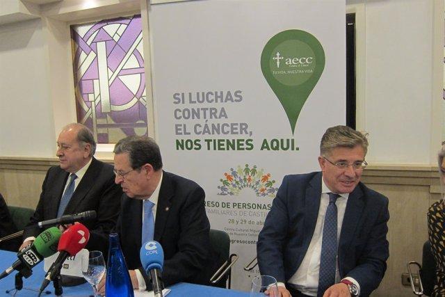 Valladolid. El gerente de Salud en el acto de la AECC