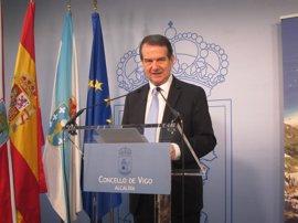 """Caballero celebra el """"preanuncio"""" de Díaz y elogia su """"capacidad de ganar elecciones"""" y de """"conectar"""" con los ciudadanos"""