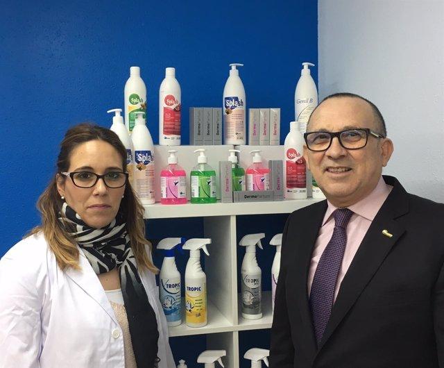 El gerente de Dermo, J.Molina, con la directora técnica, R.Molina