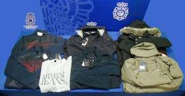 La policía de Valladolid detiene a tres hombres por robar prendas valoradas en más de 1.800 euros