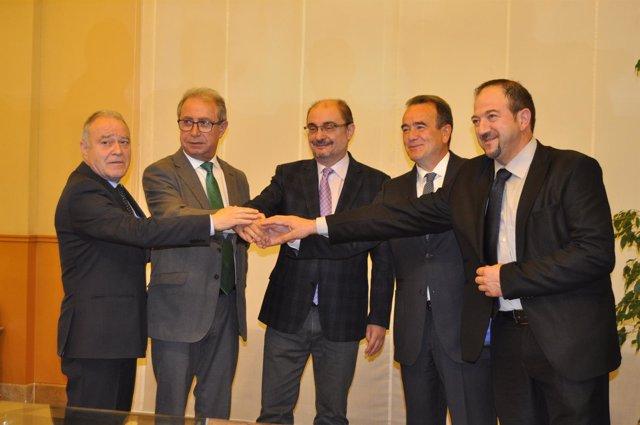 Lambán y Gimeno con los presidentes de las diputaciones provinciales