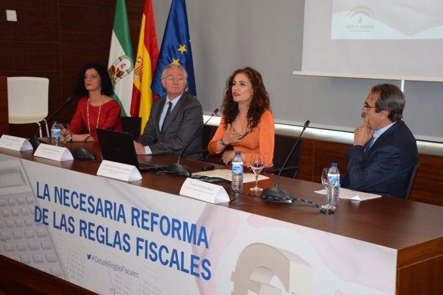 MAría Jesús Montero jornada politica fiscal málaga