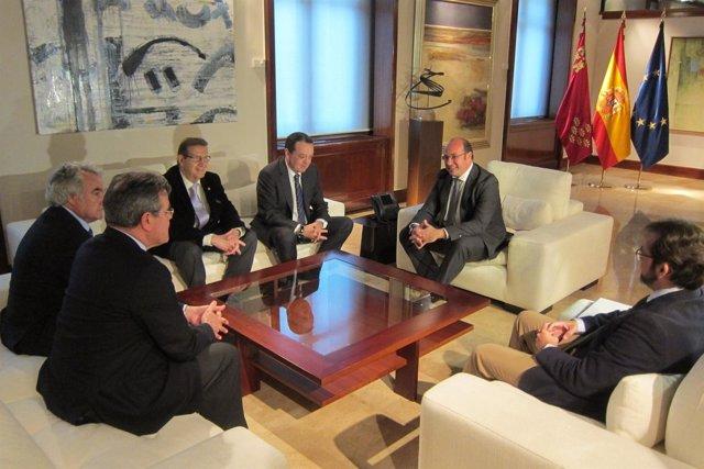 Reunión CROEM, FERRMED con presidente en San Esteban