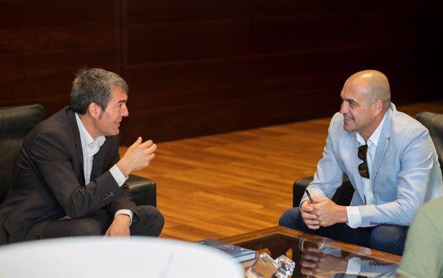 Reunión entre Clavijo y Francis Pérez