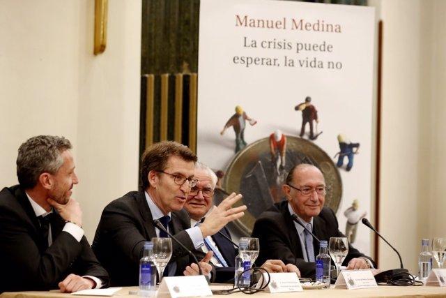Feijóo en la presentación del libro de Manuel Medina 'La crisis puede esperar'