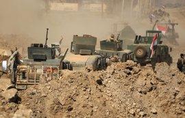 Las fuerzas de Irak se hacen con una fábrica textil de Mosul usada como cárcel de mujeres por Estado Islámico