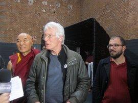 El actor Richard Gere baraja instalar un gran centro del budismo en el Centro de Creación de las Artes de Alcorcón