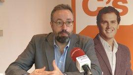 """Girauta dice que la Generalitat debería """"dejar de taparse las desvergüenzas con las esteladas"""" y convocar elecciones"""
