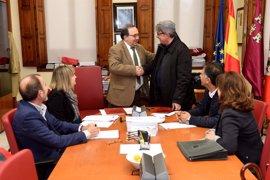 UMU realizará estudios sobre las tasas de pobreza y exclusión social en la Región de Murcia