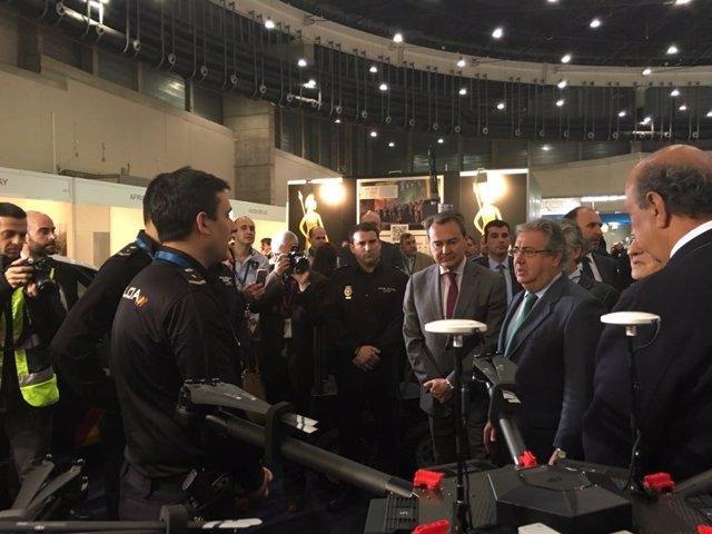 Zoido inaugura el Salón de Seguridad Internacional HOMSEC 2017