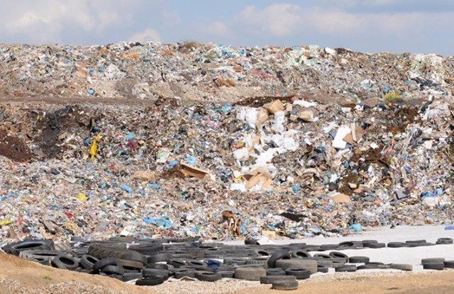 Vertedero, basura, desperdicios, medio ambiente