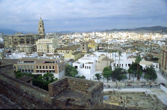 Málaga, vistas, turismo, turistas, catedral