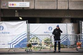 """El metro de Bruselas llama a un """"minuto de ruido"""" contra el terror en el aniversario de los atentados"""