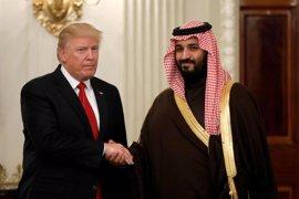 Trump recibe en la Casa Blanca al 'número dos' en la línea de sucesión de Arabia Saudí