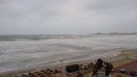 La Aemet mantiene el aviso amarillo este miércoles en el litoral de la Región por fenómenos costeros