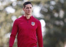 Torres regresa a la lista de convocados y Gameiro, baja por segunda vez consecutiva