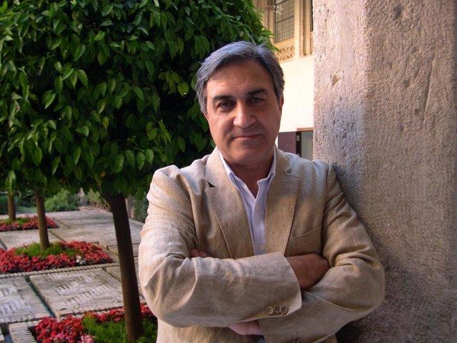 José Luis Corral.