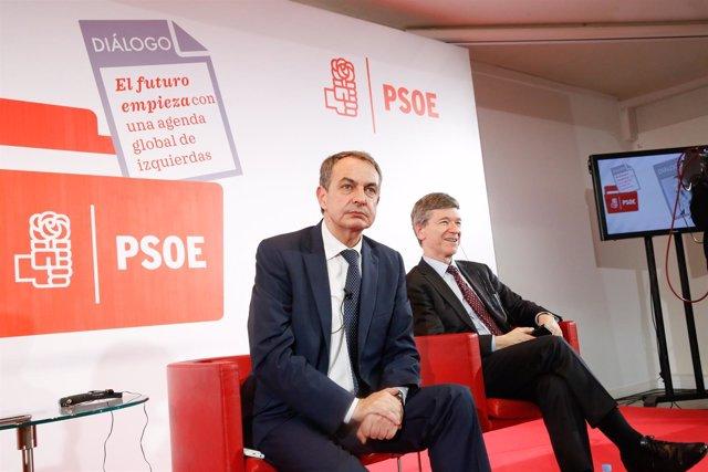 El expresidente Zapatero en un coloquio con el economista Jeffrey Sachs