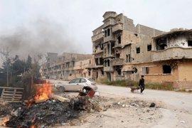 Mueren tres soldados libios en combates con yihadistas en un barrio de Benghazi